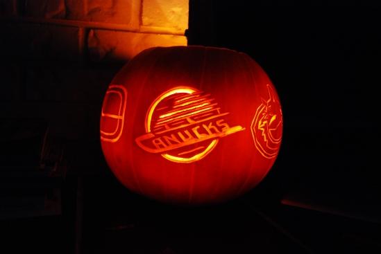 Canucks logo pumpkin
