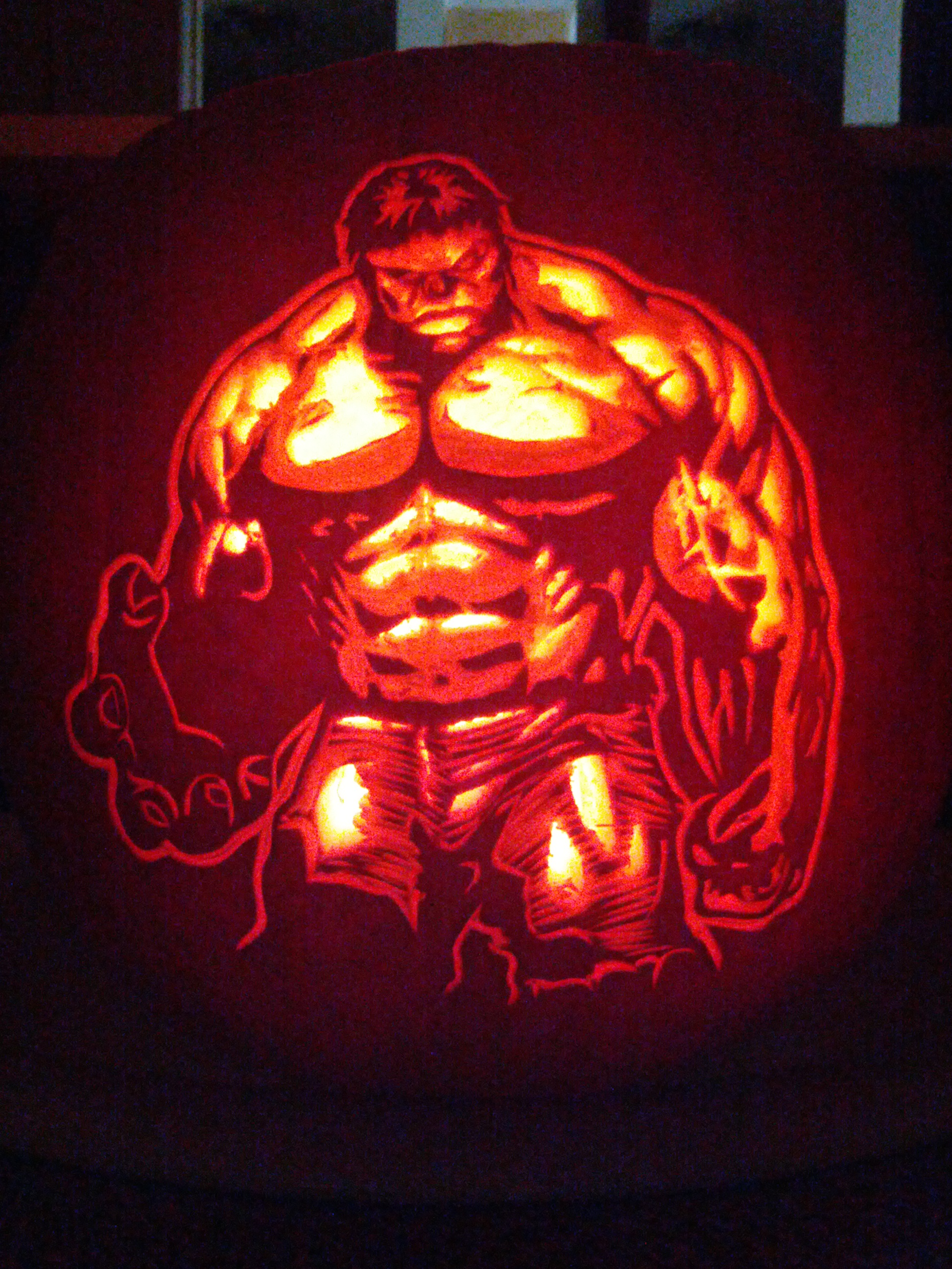 Hulk smash the carving